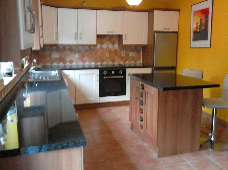 the makeover of Rachel\'s kitchen by Kitchen Makeover, Ireland. The ...